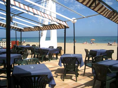Blay beach dime un restaurante - Restaurante singapur valencia ...