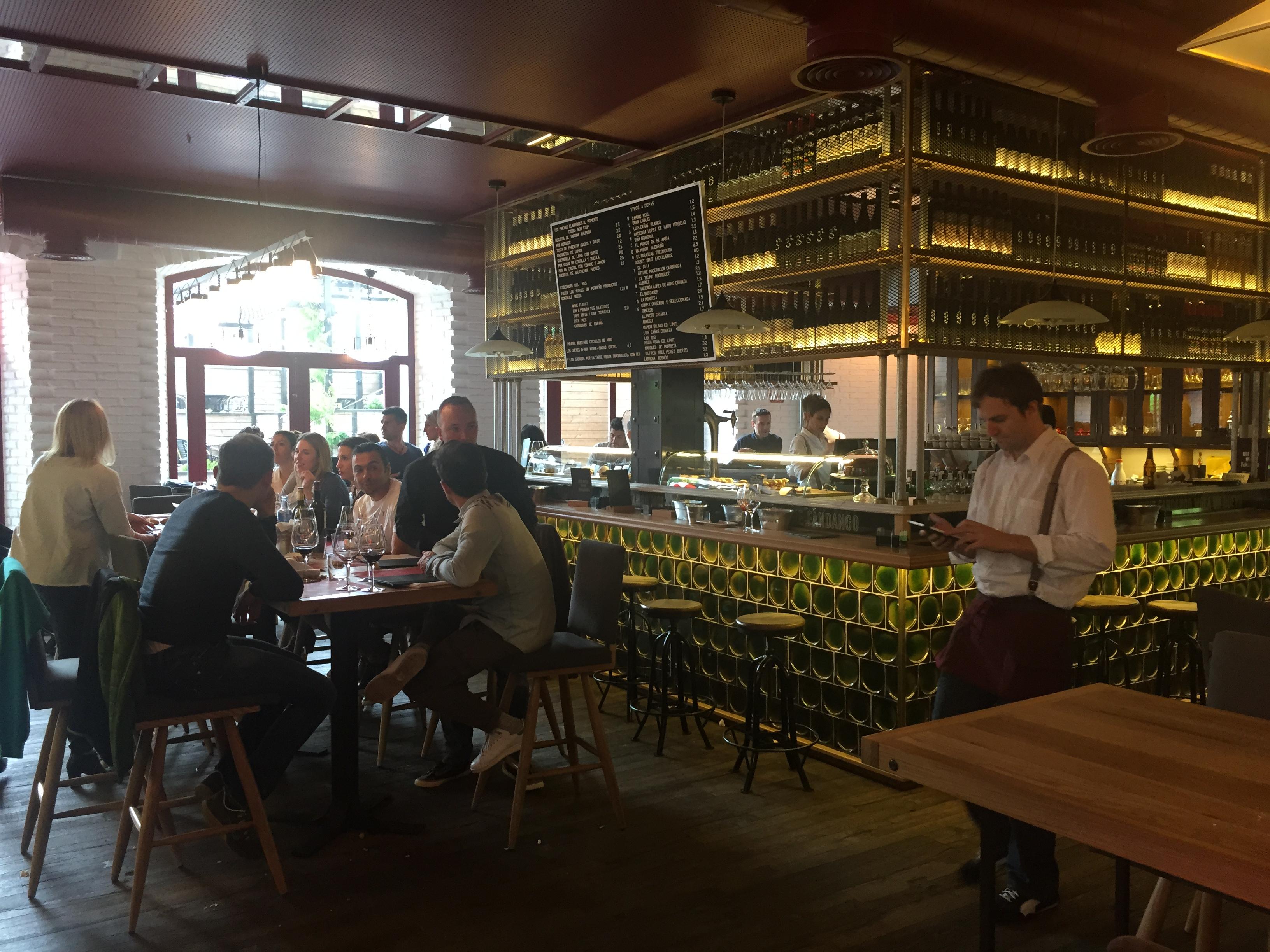 Wine fandango dime un restaurante - Restaurante singapur valencia ...